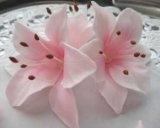Как сделать красивый торт с лилиями? Мастер-класс по создание лилии из мастики.