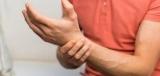 Боли в пальце: причины и лечение