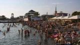 Россиян впервые за четыре года стали чаще ездить за границу путешествовать