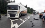 Под Киевом Ford врезался в грузовик, есть жертвы